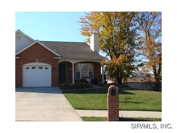Rental Homes for Rent, ListingId:24703567, location: 1519 ENGLISH PINE Lane O Fallon 62269
