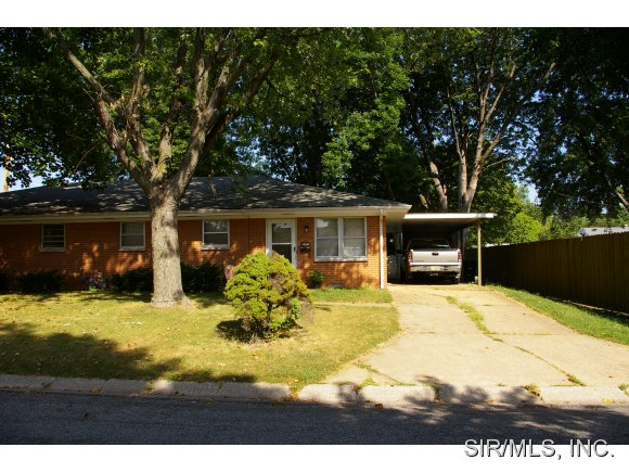 Rental Homes for Rent, ListingId:25140246, location: 2004 CANTERBURY Drive Belleville 62220