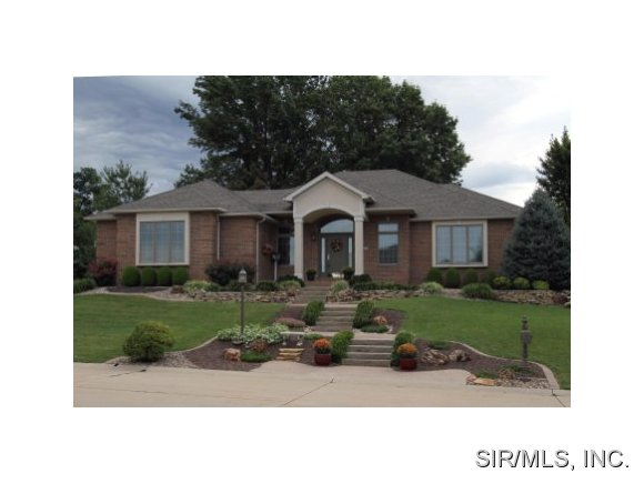 Real Estate for Sale, ListingId: 25202607, Godfrey,IL62035