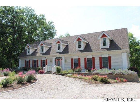 Real Estate for Sale, ListingId: 25784375, Hillsboro,IL62049