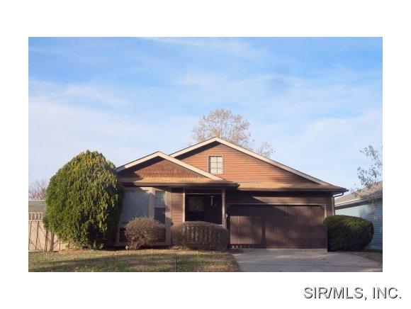 Rental Homes for Rent, ListingId:25988127, location: 1420 ROYAL OAK Court O Fallon 62269