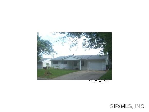 Rental Homes for Rent, ListingId:26216560, location: 8837 PARKDALE Drive Caseyville 62232