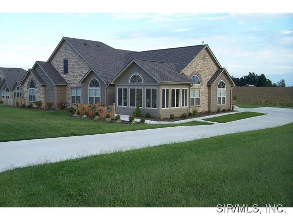 Rental Homes for Rent, ListingId:26658584, location: 1323 THREE RIVERS Drive O Fallon 62269