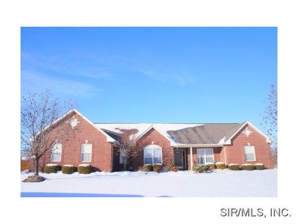 Rental Homes for Rent, ListingId:26870407, location: 1909 MESSINGER Trail Belleville 62226