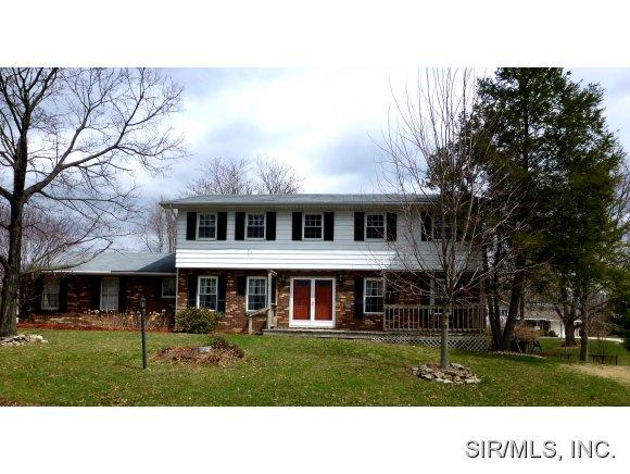 Real Estate for Sale, ListingId: 27530958, Godfrey,IL62035