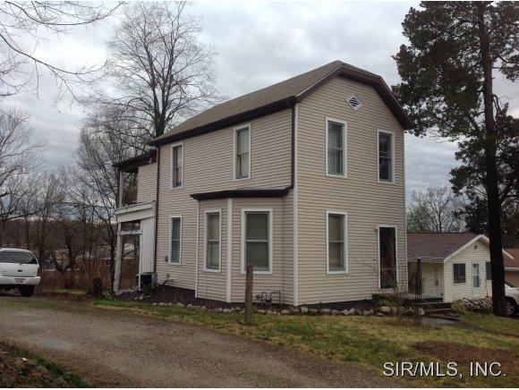 512 Phillipena St, Edwardsville, IL 62025