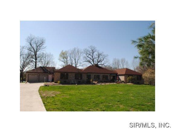 Real Estate for Sale, ListingId: 27845067, Alton,IL62002