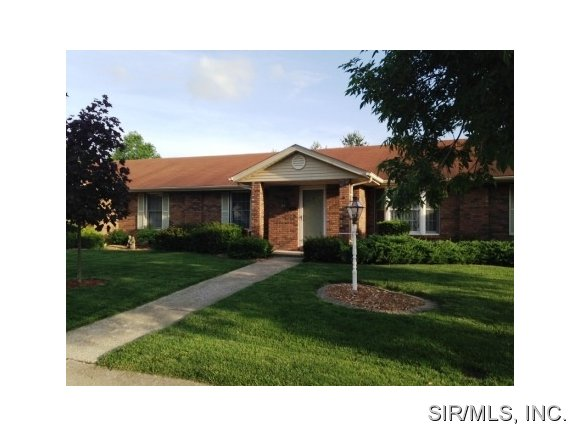 Real Estate for Sale, ListingId: 28151621, Godfrey,IL62035
