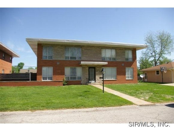 Rental Homes for Rent, ListingId:28291641, location: 37 BLACKBURN Drive Belleville 62226