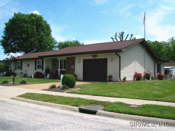 Real Estate for Sale, ListingId: 28359503, Breese,IL62230