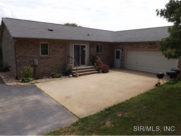 20007 Creek Rd, Jerseyville, IL 62052
