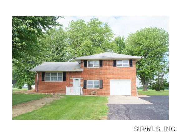 Rental Homes for Rent, ListingId:28576948, location: 9603 DRESSEL SHOENE Road Trenton 62293
