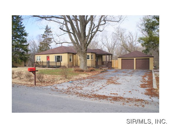 Rental Homes for Rent, ListingId:28635797, location: 9915 NORTH Road Fairview Heights 62208