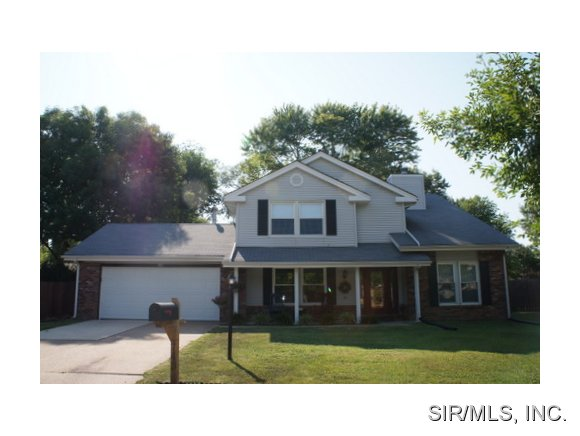 Rental Homes for Rent, ListingId:28683449, location: 743 MANASSAS Court Belleville 62221
