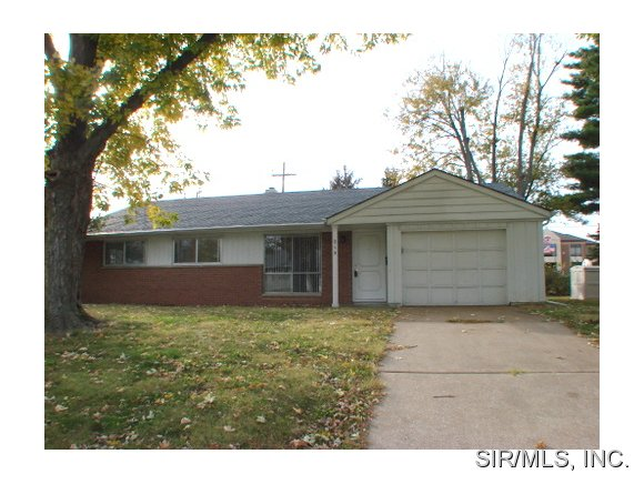 Rental Homes for Rent, ListingId:28692476, location: 215 WELLESLEY Drive O Fallon 62269