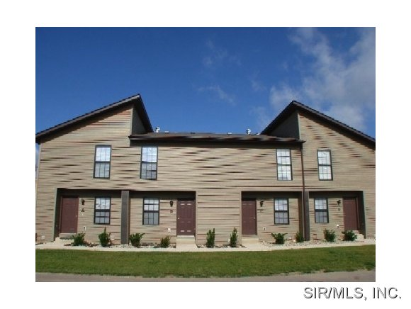 Rental Homes for Rent, ListingId:28707013, location: 455 PONDEROSA Avenue O Fallon 62269