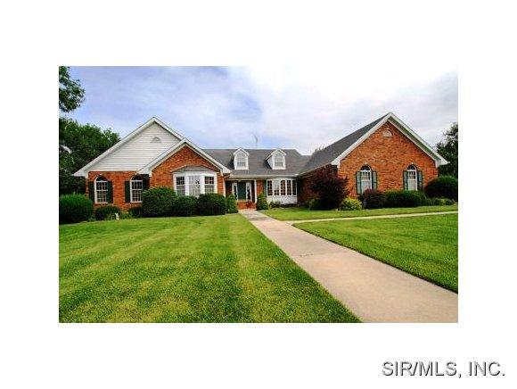 Real Estate for Sale, ListingId: 28843896, Godfrey,IL62035