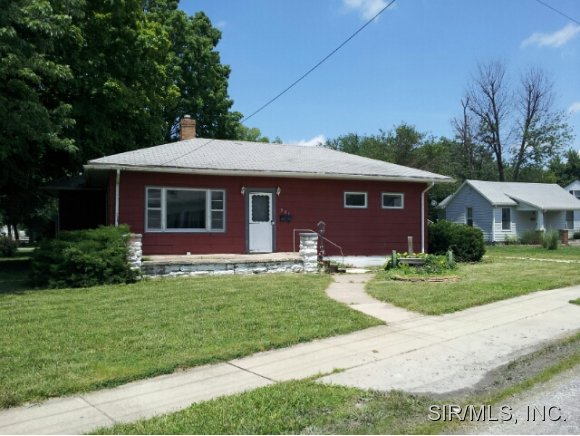 521 W Mulberry St, Jerseyville, IL 62052