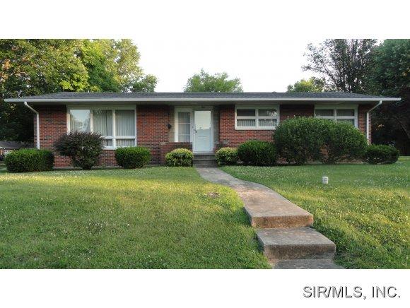 Real Estate for Sale, ListingId: 28988942, Staunton,IL62088