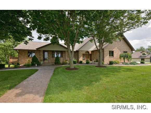 Real Estate for Sale, ListingId: 29101318, Aviston,IL62216