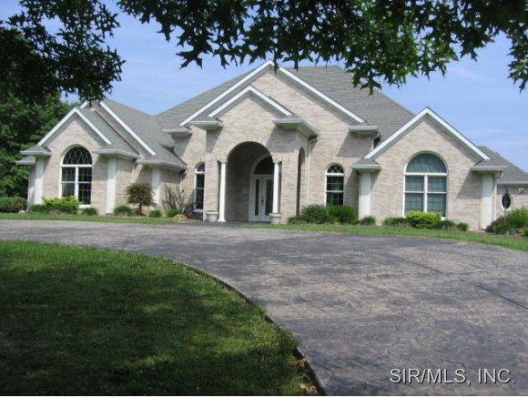 Real Estate for Sale, ListingId: 29211341, Carlyle,IL62231