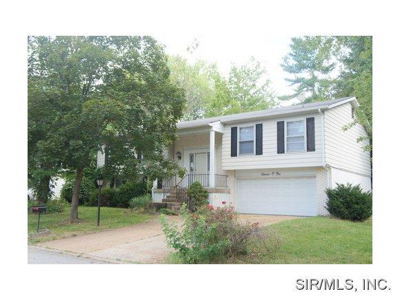 Rental Homes for Rent, ListingId:29292560, location: 1101 FIVE FORKS Drive Belleville 62221