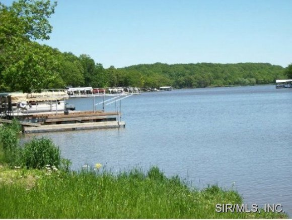 1.78 acres by Litchfield, Illinois for sale