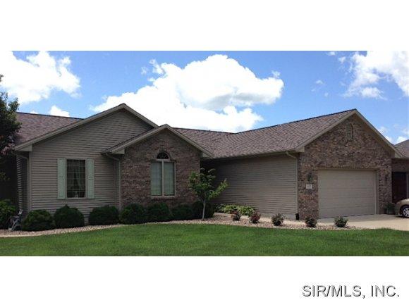 Real Estate for Sale, ListingId: 29326658, Heyworth,IL61745
