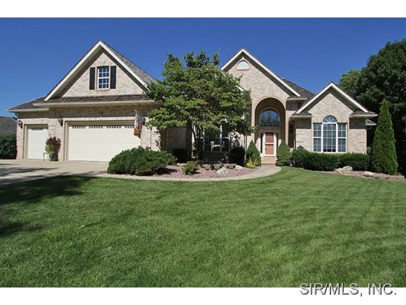 13 Dunbridge Ct, Glen Carbon, IL 62034