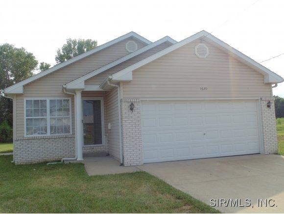 Real Estate for Sale, ListingId: 29365578, East St Louis,IL62207