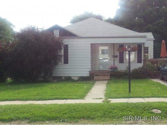Rental Homes for Rent, ListingId:29348538, location: 811 MAURICE Alton 62002