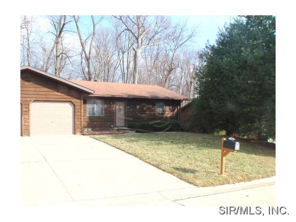 Rental Homes for Rent, ListingId:29452955, location: 114 CHRISTINE Drive Shiloh 62221