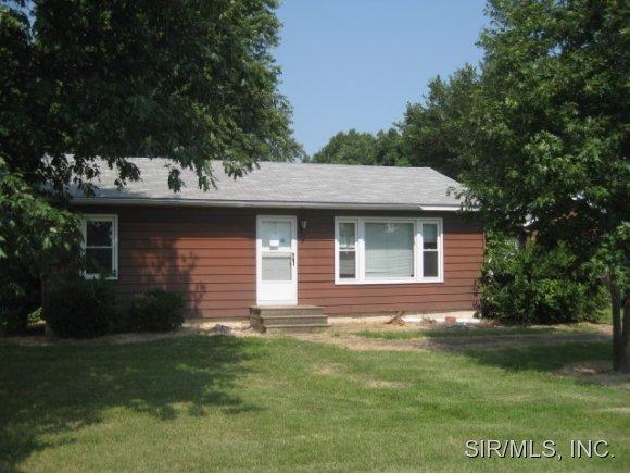 1329 Stumpf Ln, Columbia, IL 62236