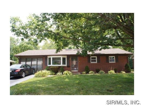 Rental Homes for Rent, ListingId:29577185, location: 14 BRIARWOOD Drive Belleville 62223