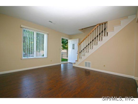 Rental Homes for Rent, ListingId:29584597, location: 700 SOUTHVIEW PLAZA O Fallon 62269