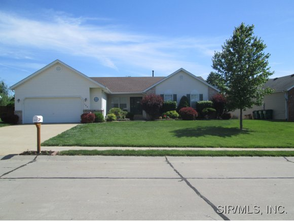 Rental Homes for Rent, ListingId:29644750, location: 154 PICKETTS RUN O Fallon 62269