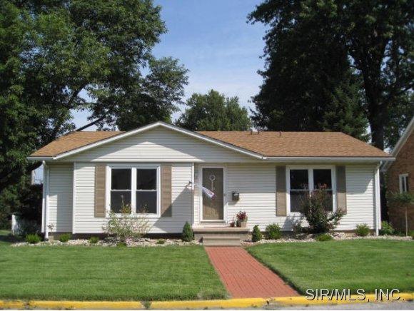 Real Estate for Sale, ListingId: 29676054, Godfrey,IL62035
