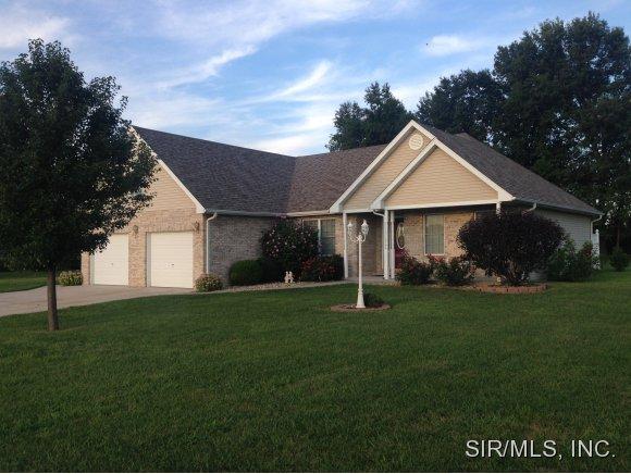 Real Estate for Sale, ListingId: 29753823, Staunton,IL62088