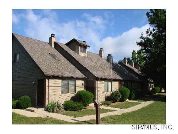 Rental Homes for Rent, ListingId:29927398, location: 425 PONDEROSA Avenue O Fallon 62269