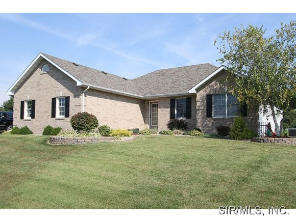 Real Estate for Sale, ListingId: 30110241, Worden,IL62097