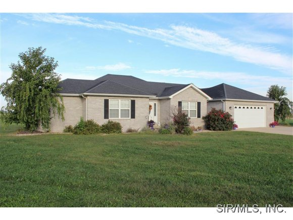 Real Estate for Sale, ListingId: 30119548, Breese,IL62230