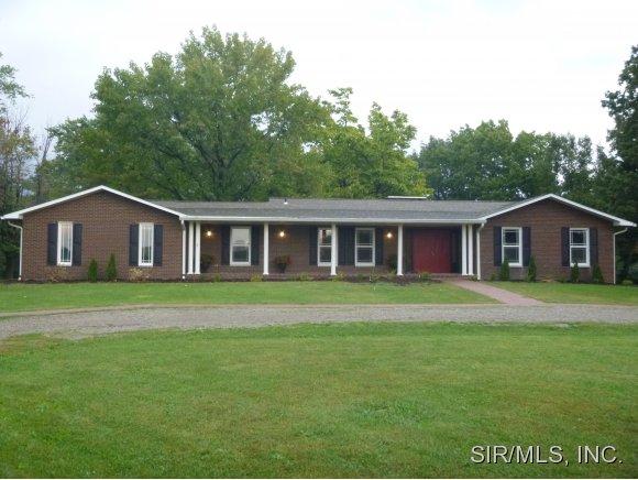 Real Estate for Sale, ListingId: 30165143, Brighton,IL62012