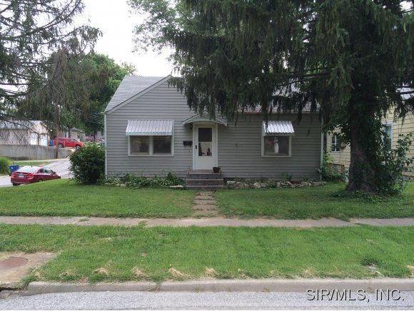 Rental Homes for Rent, ListingId:30220237, location: 4025 ALBY Alton 62002