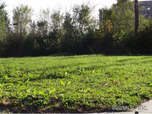 Real Estate for Sale, ListingId: 30271287, East St Louis,IL62201