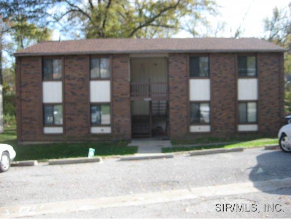 Rental Homes for Rent, ListingId:30278378, location: 3313 MYRLE Alton 62002
