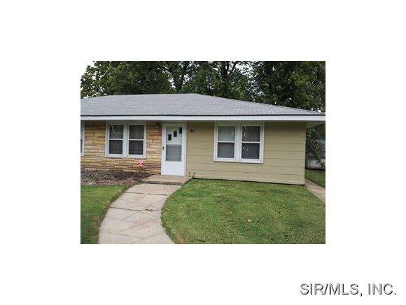 Rental Homes for Rent, ListingId:30293375, location: 108 BELT O Fallon 62269