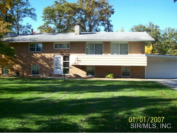 Real Estate for Sale, ListingId: 30383028, Hillsboro,IL62049