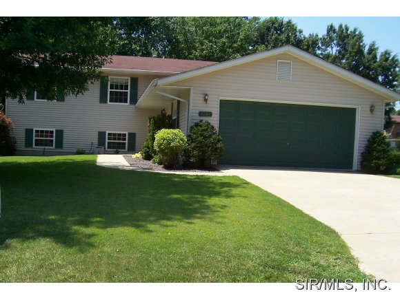 Rental Homes for Rent, ListingId:30390960, location: 4364 THADWAY Godfrey 62035