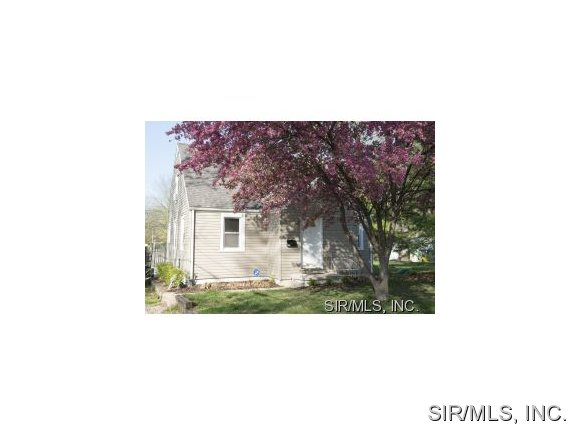 Rental Homes for Rent, ListingId:30407640, location: 413 KANSAS Avenue Belleville 62221