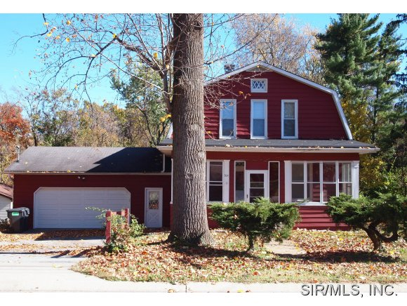 Rental Homes for Rent, ListingId:30459848, location: 514 ST CLAIR Road Fairview Heights 62208